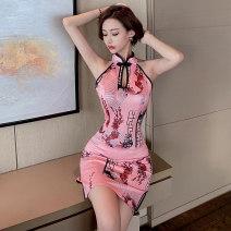 cheongsam Summer 2021 Short sleeve Retro High slit daily Round lapel Broken flower 18-25 years old Piping cotton 51% (inclusive) - 70% (inclusive) Short cheongsam S,M,L White, pink