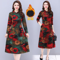 Middle aged and old women's wear Winter 2020, autumn 2020 Plush red, Plush Blue XL [recommended 85-100 kg], 2XL [recommended 100-115 kg], 3XL [recommended 115-130 kg], 4XL [recommended 130-145 kg], 5XL [recommended 145-160 kg] ethnic style Dress Self cultivation singleton  Decor 40-49 years old other