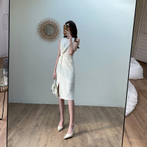 Dress Summer 2020 Off white S,M,L Mid length dress singleton  Sleeveless commute Crew neck High waist Solid color Socket other other Others 25-29 years old Type H Korean version fold 81% (inclusive) - 90% (inclusive) other other