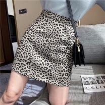skirt Winter 2020 S,M,L,XL grey Short skirt commute High waist A-line skirt Leopard Print Type A 18-24 years old DQ171# 31% (inclusive) - 50% (inclusive) Wool polyester fiber zipper Korean version