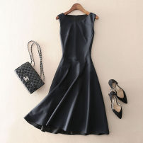 Dress Summer 2021 Black, dark blue S,M,L,XL Mid length dress singleton  Sleeveless street Crew neck middle-waisted Solid color zipper Big swing routine Type X Pocket, panel, zipper More than 95% wool Europe and America