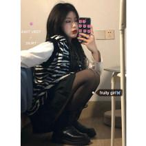 Fashion suit Spring 2021 Average size Zebra vest, white T, black skirt 18-25 years old