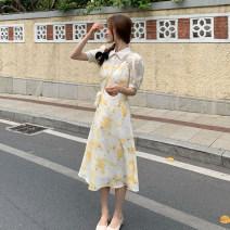 Dress Summer 2021 Yellow floral skirt, apricot shirt, Purple Floral Skirt, purple shirt S. M, average size Mid length dress singleton  Sleeveless commute V-neck High waist Broken flowers zipper A-line skirt 18-24 years old Type A Korean version printing 3.31B