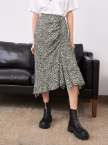 skirt Spring 2021 XS,S,M,L Small green flowers with black background Mid length dress street High waist Broken flowers 25-29 years old MBA1SKTT05 More than 95% other Buttons, pockets, folds, prints Europe and America