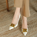 Low top shoes 34,35,36,37,38,39 Other / other Off white, black Sharp point cowhide Fine heel High heel (5-8cm) Shallow mouth Superfine fiber Spring 2021 Trochanter Europe and America Adhesive shoes Solid color rubber Single shoes Shallow mouth Sheepskin daily Face dressing
