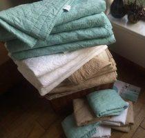 Cotton quilt зеленый, зеленый, новый, белый, белый цвет. хлопок Зимний сезон five thousand and two hundred 172x223cm 224cmx234cm 269cmx234cm 100% подбивка другое Продукт первого класса 0002 3kg Удержание тепла