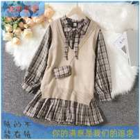 Fashion suit Spring 2021 S [collect baby to send bag], m [collect baby to send bag], l [collect baby to send bag], XL [collect baby to send bag] 18-25 years old 31% (inclusive) - 50% (inclusive) polyester fiber