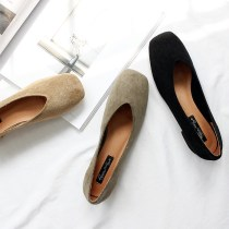 Low top shoes 35 36 37 38 39 40 Other / other Black apricot army green Square head Thick heel Suede Shallow mouth Low heel (1-3cm) Superfine fiber Fall 2017 Trochanter commute Adhesive shoes Youth (18-40 years old) Solid color rubber Shallow mouth and thick heel Two layer pigskin daily 717-2 Frosting