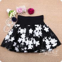 skirt Spring 2020 M11 is for a waist of 1'9 to 2'1, L13 is for a waist of 2'2 to 2'4, XL15 is for a waist of 2'4 to 2'6 Short skirt Versatile High waist Fluffy skirt Broken flowers Type A 81% (inclusive) - 90% (inclusive) Chiffon other