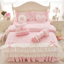 Bedding Set / four piece set / multi piece set Others Quilting Plants and flowers 133x72 Other / other Polyester (polyester fiber) 4 pieces 60 1.2m (4 ft) bed, 1.5m (5 ft) bed, 1.8m (6 ft) bed, 2.0m (6.6 ft) bed, others Bed skirt First Grade Princess style twill Reactive Print  Plush