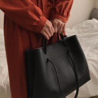 Bag The single shoulder bag PU Tote Bag Other / other Yellowish brown gray black brand new Japan and South Korea large leisure time soft Strip extraction yes Solid color One shoulder hand nothing Vertical square Sewing Soft handle mobile phone bag Top bag soft surface