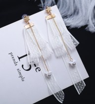 Ear Studs Lace 10-19.99 yuan Other / other White black brand new Japan and South Korea female goods in stock Fresh out of the oven Not inlaid Stars / sun / Moon / clouds / universe