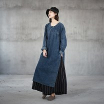 Dress Spring of 2018 Snow blue denim Robe Average size longuette singleton  Long sleeves commute Crew neck Loose waist Solid color Socket other routine Others 25-29 years old Type H Retro Make old, splice More than 95% Denim cotton