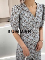 Dress Summer 2020 White, black, blue Average size Mid length dress singleton  Short sleeve commute V-neck High waist Broken flowers Socket A-line skirt Hanging neck style 18-24 years old Type A Splicing More than 95% Chiffon polyester fiber
