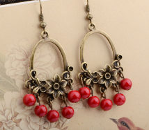 Earrings Mixed materials 10-19.99 yuan Ruihuangxin Red yellow red yellow red brand new female ethnic style goods in stock Online gathering features Not inlaid other One hundred and eighty-two