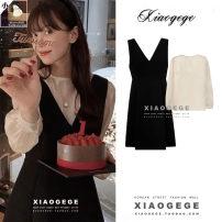 Fashion suit Spring 2021 S,M,L,XL Black vest skirt, beige top 18-25 years old