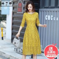Dress Summer 2021 S M L XL XXL 3XL Mid length dress singleton  three quarter sleeve commute Crew neck High waist Solid color Socket A-line skirt routine Others 30-34 years old Type A Xu Dingxuan Retro Cut out lace 31% (inclusive) - 50% (inclusive) Lace nylon Pure e-commerce (online only)