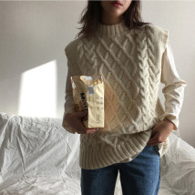Vest Winter of 2018 milky white Average size routine Half high collar commute Solid color 18-24 years old Other / other 51% (inclusive) - 70% (inclusive) acrylic fibres