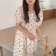 Dress Spring 2021 white Average size Mid length dress singleton  Short sleeve Sweet Crew neck High waist Broken flowers Socket puff sleeve 18-24 years old Other / other Splicing 31% (inclusive) - 50% (inclusive) cotton