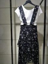 skirt Spring of 2019 1 = XS, 2 = s, 3 = m, 4 = L, 5 = XL black Mid length dress Versatile High waist Irregular Broken flowers Type A 25-29 years old More than 95% other Novel goldette other straps