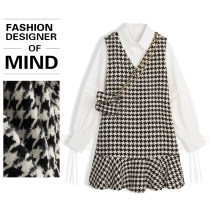 Dress Spring 2021 Black and white check S, M Mid length dress Two piece set Long sleeves commute square neck Loose waist Socket other shirt sleeve Type A