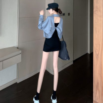 Fashion suit Autumn 2020 Average size Grey coat, black dress 18-25 years old 51% (inclusive) - 70% (inclusive)