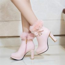 Boots 31,32,33,34,35,36,37,38,39,40,41,42,43,44 Superfine fiber High heel (5-8cm) Thick heel Superfine fiber Short tube Round head Artificial short plush Artificial short plush Autumn of 2019 Side zipper Sweet rubber Solid color Fashion boots Adhesive shoes Artificial short plush Flaky skin