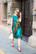 Dress Summer 2017 Brown, purple, peacock green M,L,XL,2XL,3XL,4XL Mid length dress singleton  Short sleeve commute Crew neck middle-waisted Decor Socket Big swing routine Others 40-49 years old Type X Elegantly Korean version More than 95% Silk and satin silk