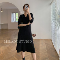 Dress Autumn 2020 Average size longuette singleton  Long sleeves commute V-neck High waist Solid color Socket A-line skirt routine Type A Splicing knitting