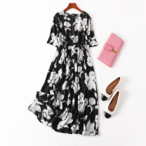 Dress Spring 2021 Black and white art Loose one size fits all longuette singleton  Short sleeve commute Crew neck Loose waist Decor Socket A-line skirt routine Type A Manis printing D--2--1 More than 95% Crepe de Chine silk