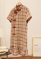 Dress Spring 2021 Green grid, red grid M, L 25-29 years old D.SIXTH