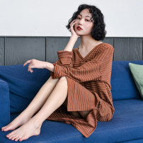 Nightdress Shengfen White, coffee 160(M),165(L) sexy Long sleeves Leisure home longuette autumn stripe youth V-neck cotton printing More than 95% Knitted cotton fabric 220g