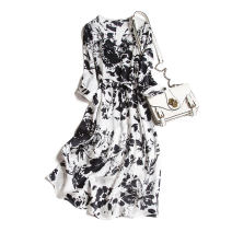 Dress Autumn 2020 Black flowers on a white background 160/84B(M),165/88B(L),170/92B(XL) Mid length dress singleton  three quarter sleeve commute V-neck middle-waisted Decor Socket routine Type A Pu Xu Retro A2040 More than 95% silk