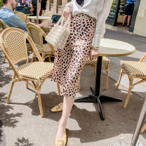 skirt Spring of 2019 34/XS,36/S,38/M,40/L Silk Leopard Print Mid length dress commute High waist skirt Leopard Print 25-29 years old More than 95% other Various pictures other printing