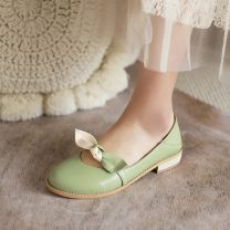 Low top shoes 34, 35, 36, 37, 38, 39, 30, 31, 32, 40, 41, 42, 43, 20, respectively Qianbailin Round head PU Flat bottom Low heel (1-3cm) Shallow mouth PU Spring 2021 Trochanter Mori Adhesive shoes Color matching rubber Single shoes bow PU daily Film mulching