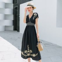Dress Summer 2020 navy blue M,L,XL Mid length dress singleton  Short sleeve commute V-neck High waist Solid color Socket A-line skirt other Others 25-29 years old Type X Retro Embroidery, pleating HD195 31% (inclusive) - 50% (inclusive) Chiffon other