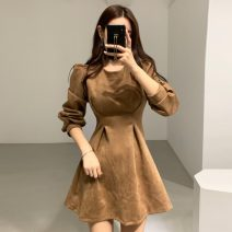 Dress Spring 2021 Khaki, apricot Average size Middle-skirt singleton  Long sleeves commute Crew neck Solid color Socket Others 18-24 years old Korean version 71% (inclusive) - 80% (inclusive)