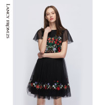 Dress Summer 2020 black 155/76A/S 160/80A/M 165/84A/L 170/88A/XL 175/92A/XXL 180/96A/XXXL Middle-skirt singleton  Short sleeve Crew neck High waist Decor Big swing 35-39 years old Lance from 25 Embroidery XXLC1DT00WOP104AA More than 95% nylon Polyamide fiber (nylon) 100%
