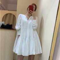 Dress Autumn 2020 Khaki, white, black Average size Middle-skirt singleton  Long sleeves commute V-neck Loose waist Solid color Socket Cake skirt routine Others 18-24 years old Type A Korean version 51% (inclusive) - 70% (inclusive) brocade cotton