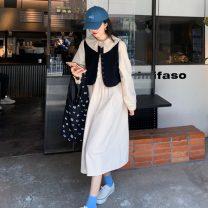 Fashion suit Summer 2021 Average size Black vest, apricot vest, blue dress, apricot dress 18-25 years old Other / other 0409Y 31% (inclusive) - 50% (inclusive)