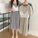 Dress Summer 2021 White sling, white dress, black dress, apricot blue floral dress Average size Mid length dress Two piece set Short sleeve commute square neck Broken flowers Others 18-24 years old Other / other Korean version 0412L 30% and below other other