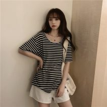 T-shirt Black and white stripes, red and white stripes, gray and white stripes, green and white stripes Average size Spring 2021 Short sleeve Crew neck easy Regular commute other 30% and below 18-24 years old Korean version Thick horizontal stripe Other / other 0403L