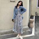 Dress Spring 2021 Floral dress, denim jacket S. M, average size longuette Two piece set Long sleeves commute V-neck High waist Broken flowers Socket A-line skirt routine 18-24 years old Type A Other / other Korean version W0305 30% and below other other