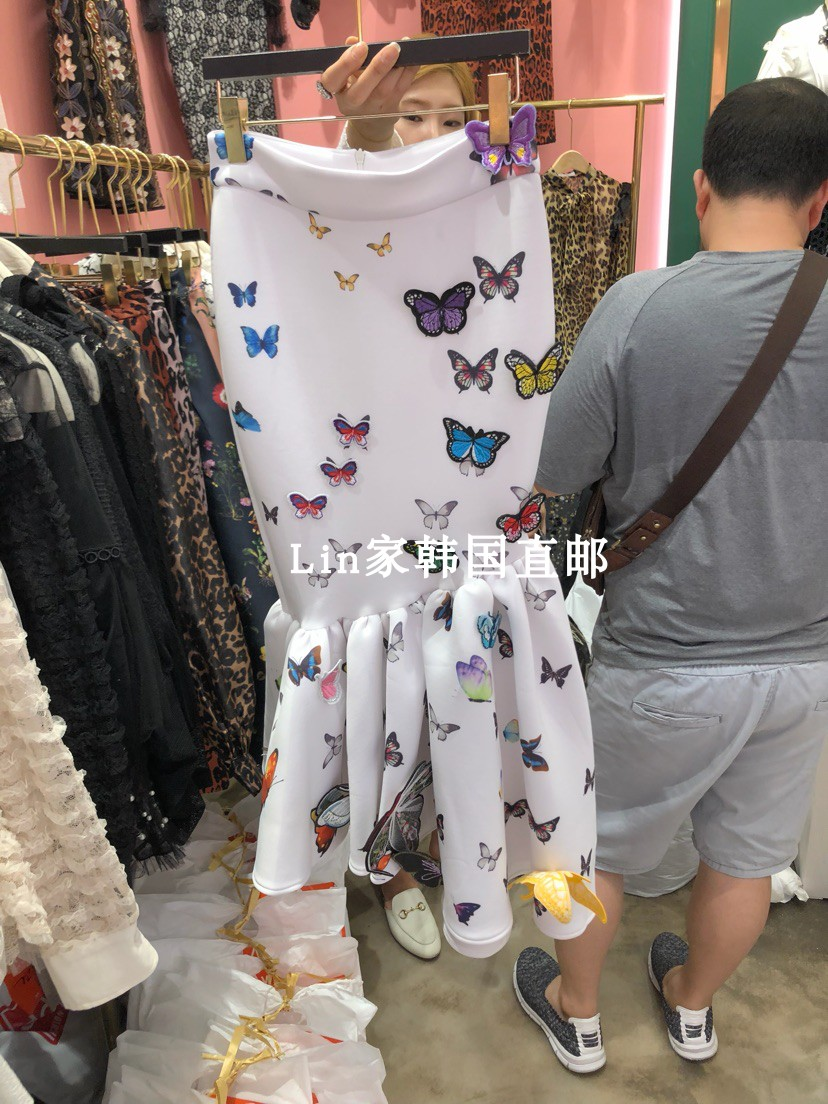 skirt Autumn of 2018 S M No return, no change, consider placing an order, Korea direct mail guarantees that the genuine products are not in stock, and purchase white and black after placing an order