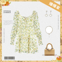 Dress Summer 2021 Light yellow broken flower S (80-105 kg), m (106-115 kg), l (116-125 kg), XL (126-140 kg) Long sleeves commute V-neck Solid color zipper routine 25-29 years old pocket More than 95%