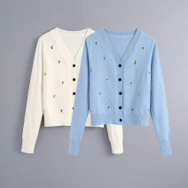 Wool knitwear Summer 2020 S,M,L As shown in Figure 1, as shown in Figure 2 Long sleeves other 81% (inclusive) - 90% (inclusive) Regular street 18-24 years old Europe and America