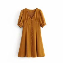 Dress Autumn of 2019 As shown in the figure S,M,L Middle-skirt Short sleeve street V-neck 18-24 years old 81% (inclusive) - 90% (inclusive) Europe and America