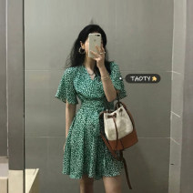Dress Summer 2021 green S, M Short skirt singleton  Short sleeve commute V-neck High waist Broken flowers Socket A-line skirt routine Others 18-24 years old Type A Korean version