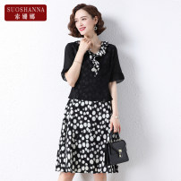 Middle aged and old women's wear Summer 2021 Black and white dots 1 2 3 4 XL [within 110 kg recommended] 2XL [110-125 kg recommended] 3XL [125-140 kg recommended] 4XL [140-150 kg recommended] 5XL [150-160 kg recommended] fashion Dress easy Fake two pieces Dot 40-49 years old Socket thin V-neck Gauze