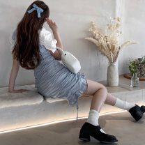 Fashion suit Summer 2021 Average size Bubble shirt, suspender skirt s, suspender skirt M 18-25 years old 51% (inclusive) - 70% (inclusive) cotton